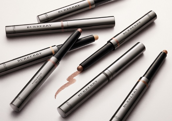 burberry eyeshadow stick (photo credits- Burberry website)