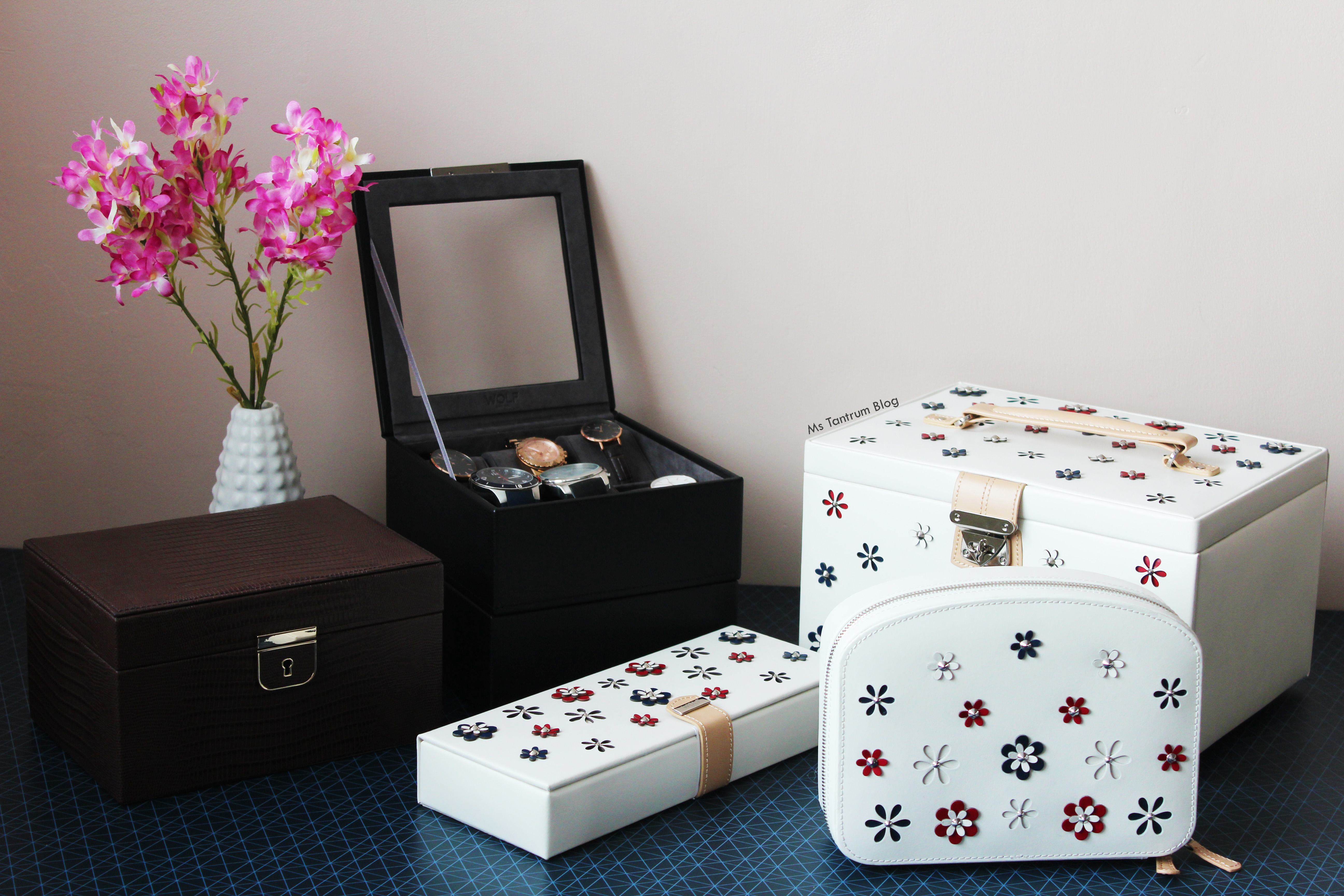 Wolf Storage boxes - Last minute christmas gifts - Ms Tantrum Blog