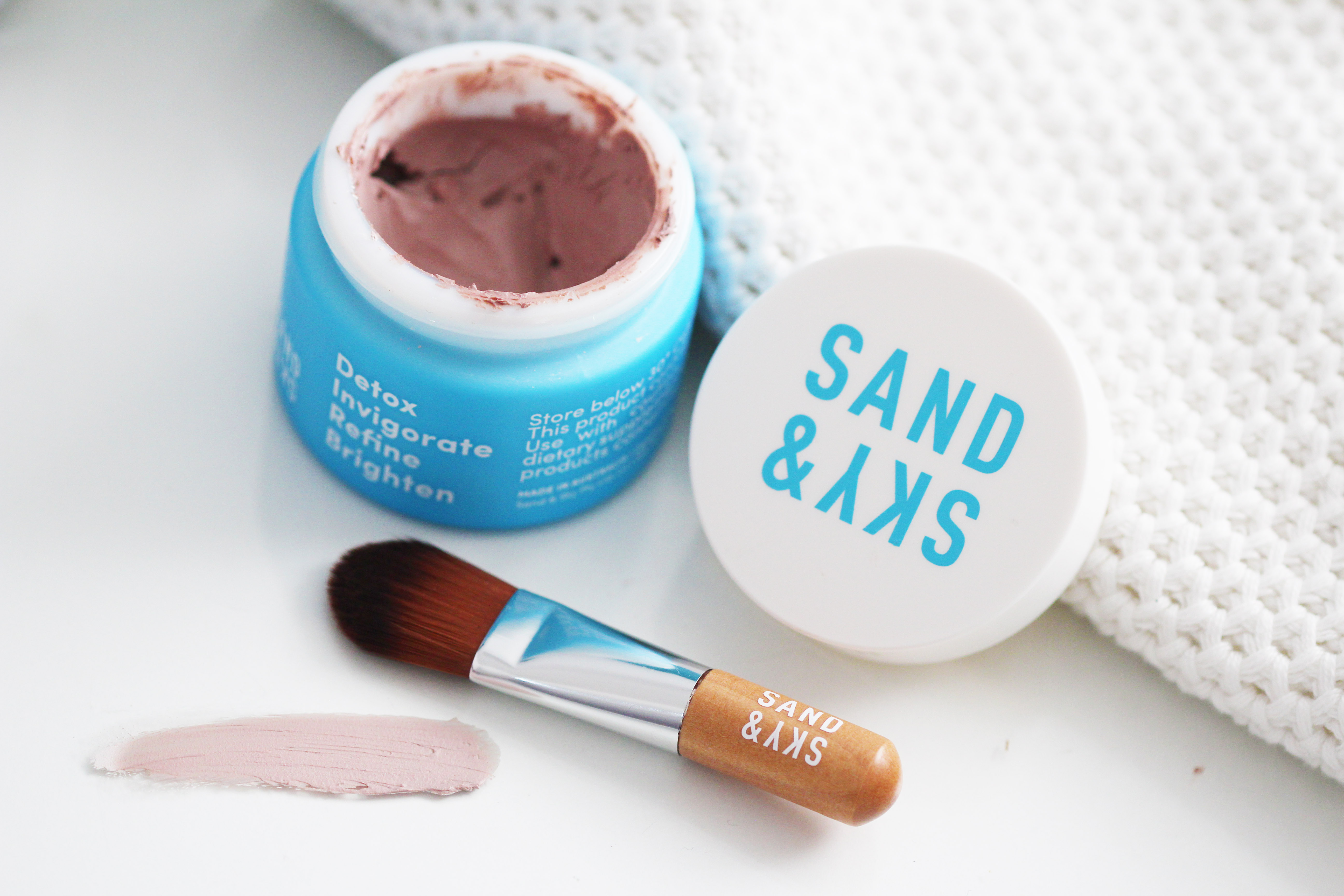 sand and sky mask review