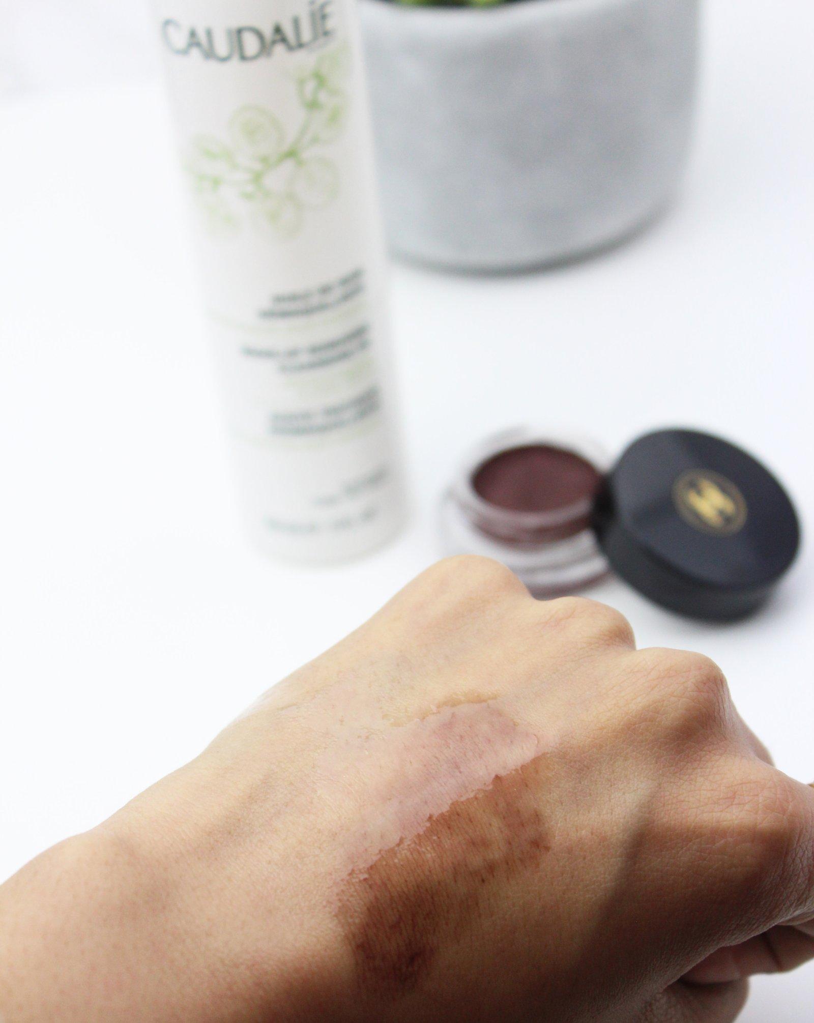 Caudalie Makeup removing cleansing oil demo - Ms Tantrum Blog